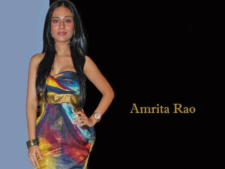 Amrita Rao Glamourous Wallpaper