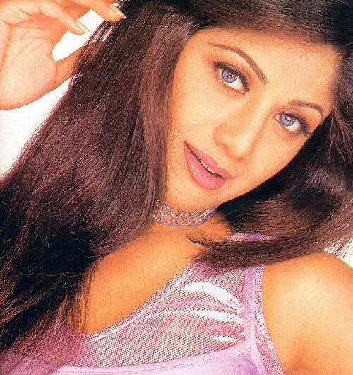 Shilpa Shetty Sizzling Face Look And Hot Eyes Wallpaper