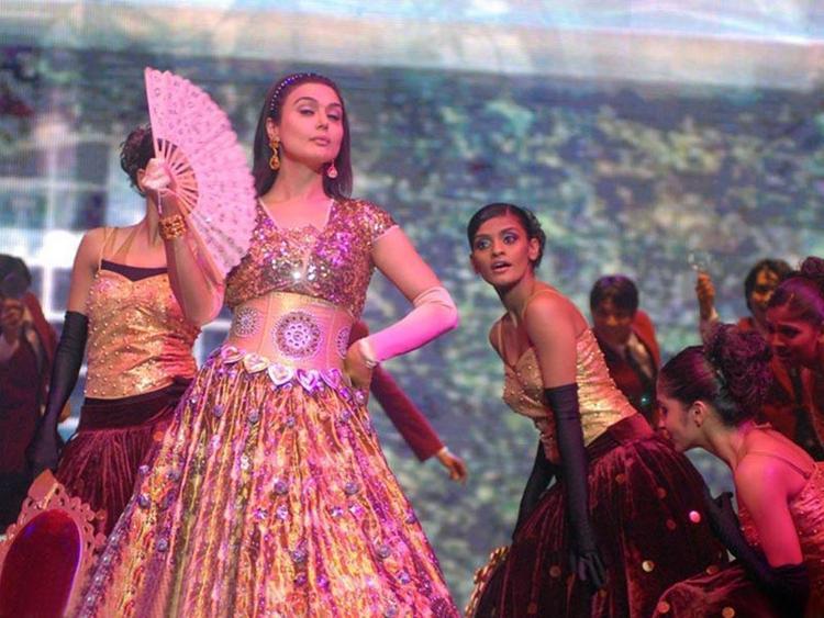 Preity Zinta Dancing Pics