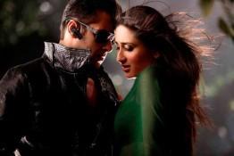 Salman Khan And Kareena Kapoor In Bodyguard Song