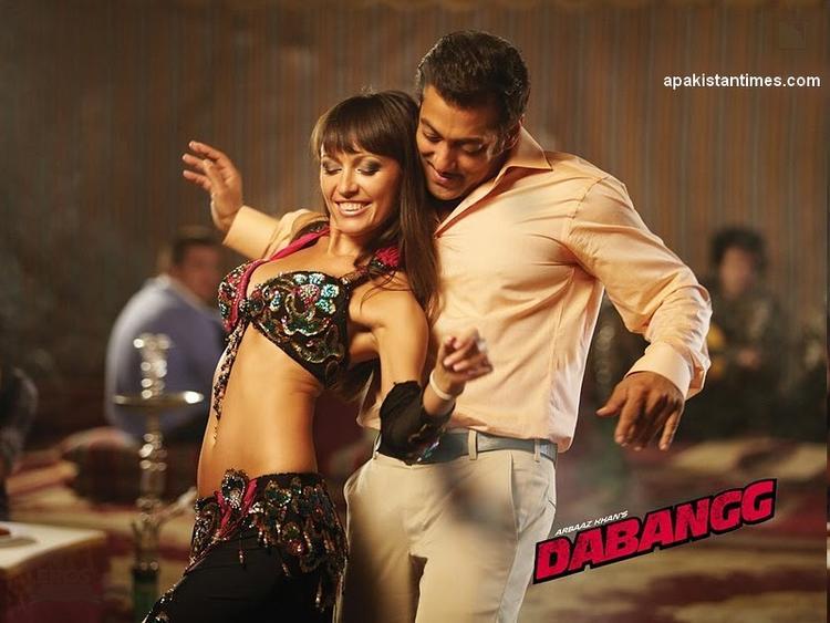 Salman Khan Hot Dancing Pose In Dabangg