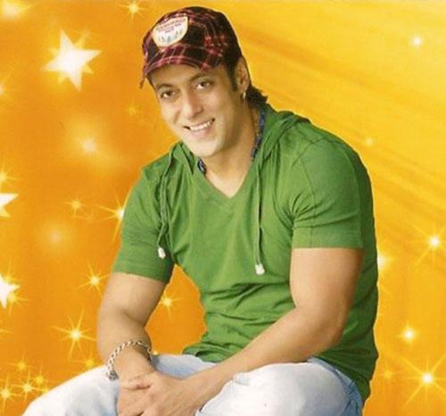 Salman Khan Hot Smiling Pics