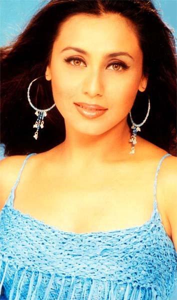 Rani Mukherjee Romancing Face Look Still