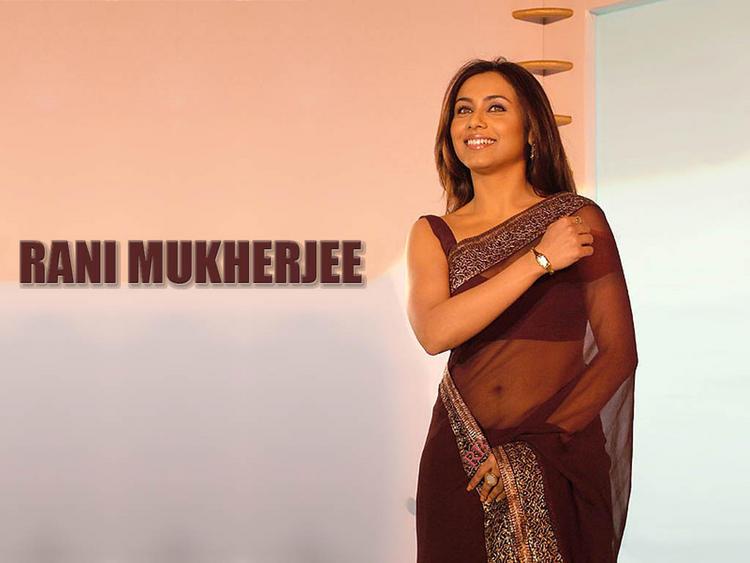 Rani Mukherjee In Transparent Saree Sweet Still