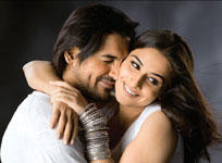 Vidya Balan and John Romance Still In Salaam E Ishq