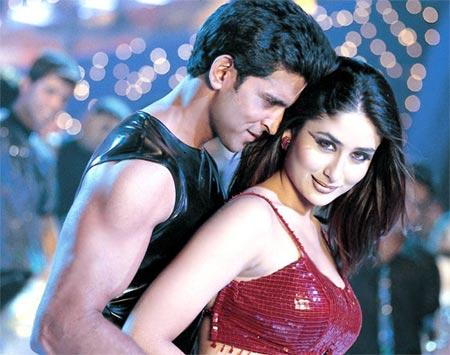 Hrithik Roshan and Bebo Kehdo Na Kehdo Song Still