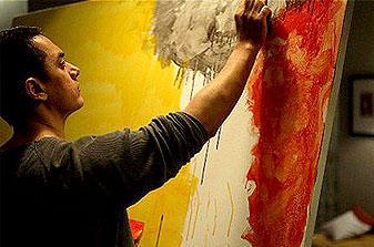 Aamir Khan Painting Still In Dhobi Ghat Movie