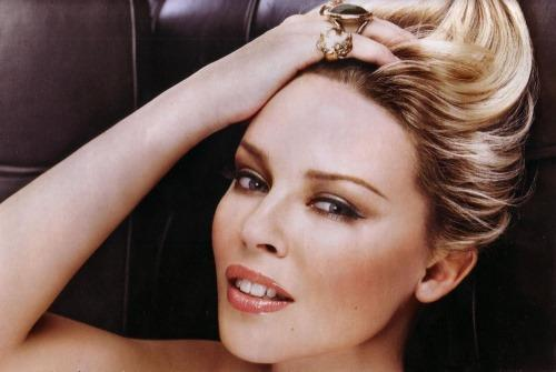 Kylie Minogue Rock Hair Style Pic