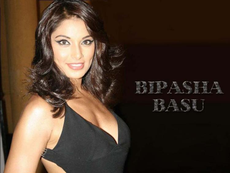 Bipasha Basu Gorgeous Wallpaper