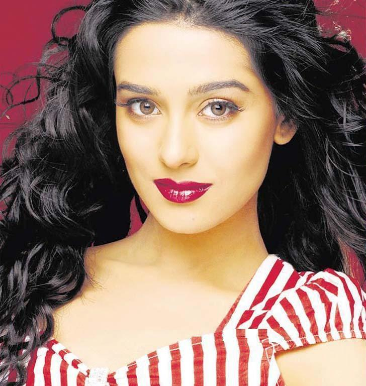 Amrita Rao Red Lips Awesome Still