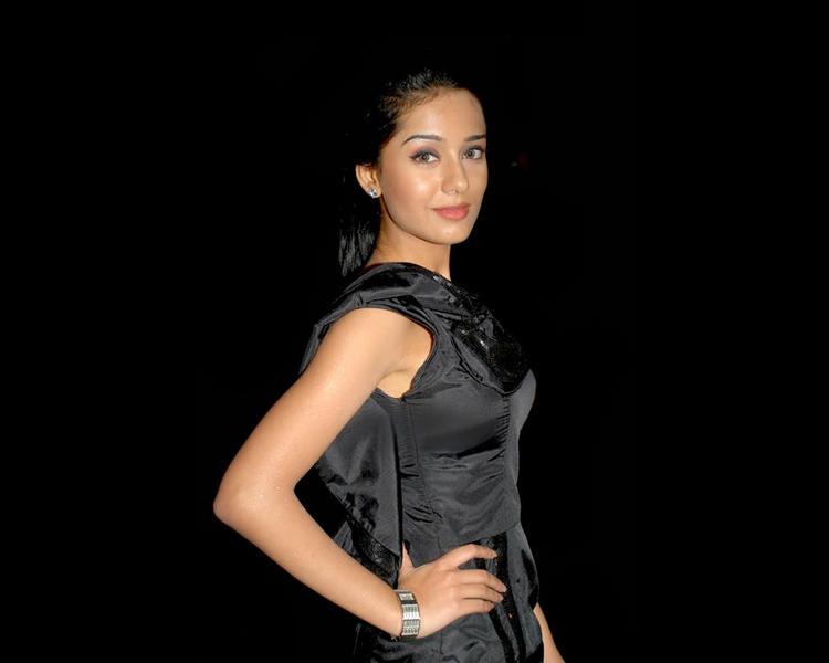 Amrita Rao Sweet Sizzling Look Still