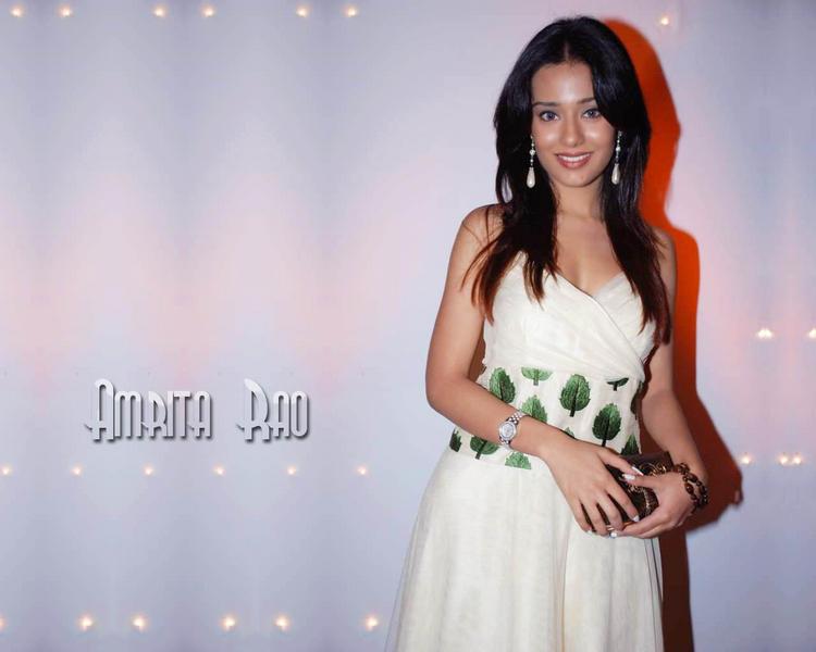 Glamour Amrita Rao Wallpaper