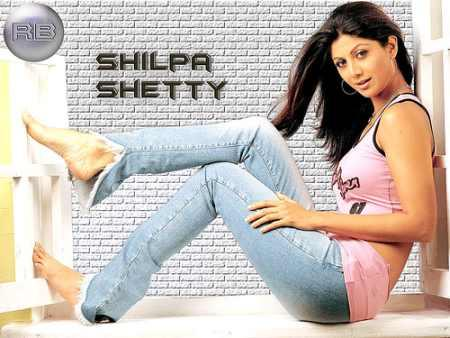 Shilpa Shetty Wearing Tops And Jeans Hot Wallpaper