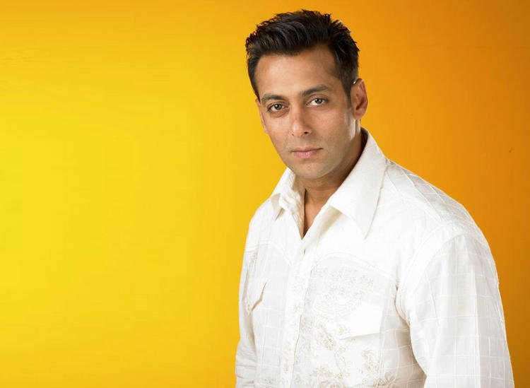 Salman Khan Simple Look Pics