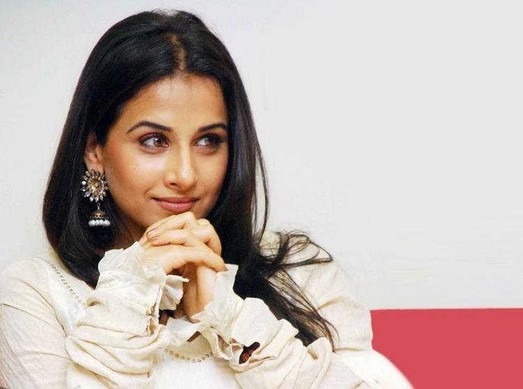 Vidya Balan Good Looking Still