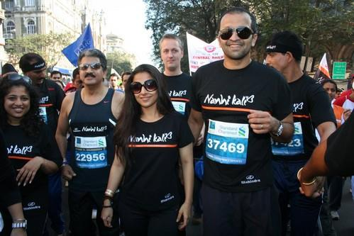 Vidya Balan at Mumbai Marathon