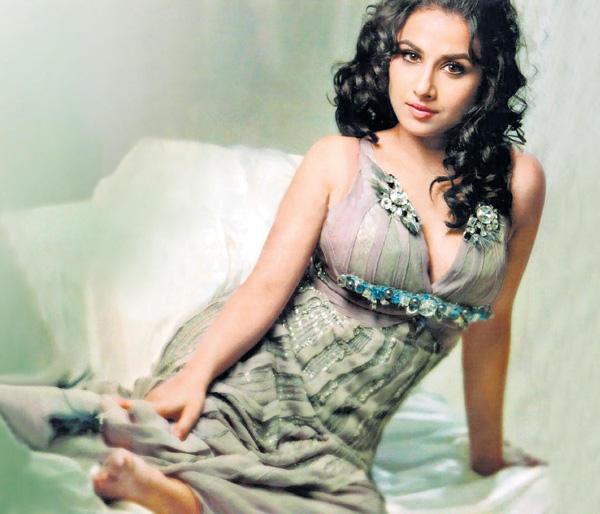 Vidya Balan Spicy Look Photo Shoot