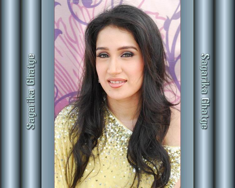 Sagarika Ghatge Charming Face Look Wallpaper