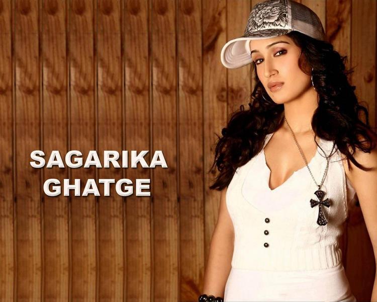 Sagarika Ghatge Spicy Look Wallpaper