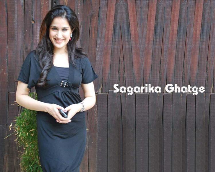 Sagarika Ghatge Stunning Face Look Wallpaper