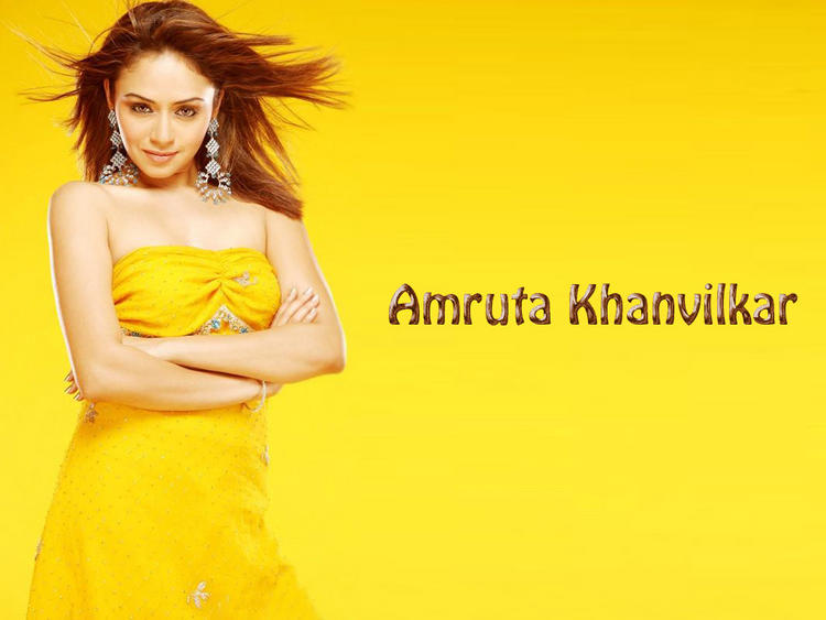 Amruta Khanvilkar Strapless Yellow Dress Wallpaper