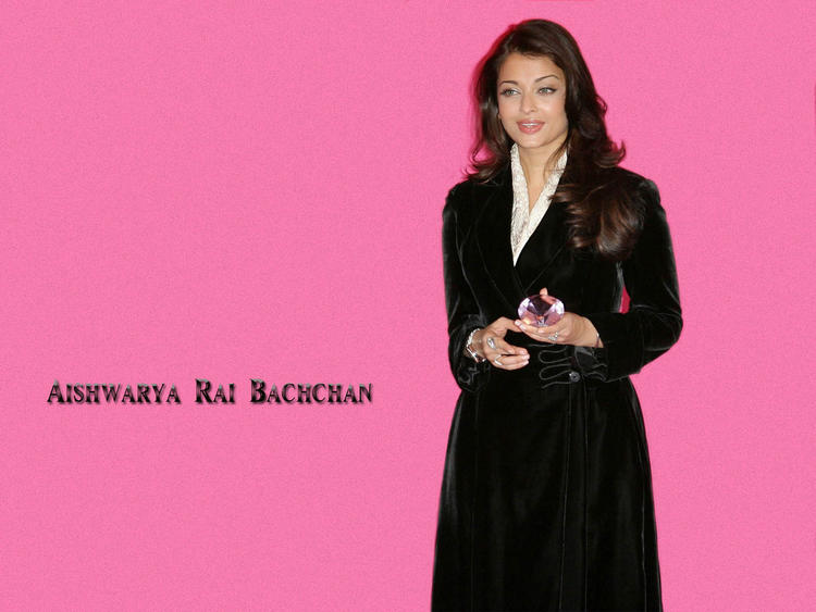 Aishwarya Rai Amazing Look Wallpaper