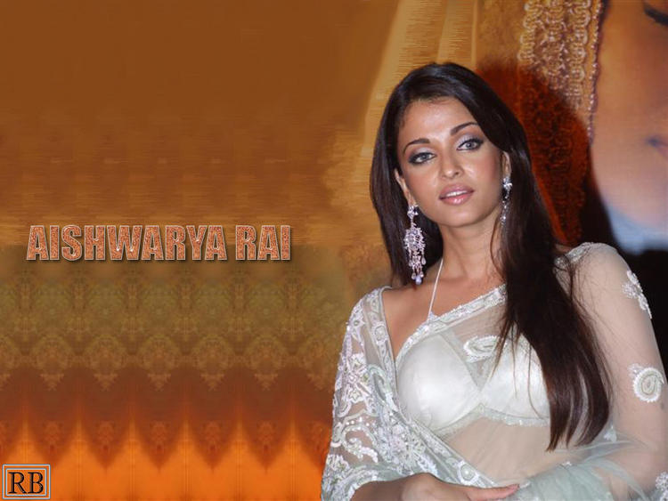 Aishwarya Rai Glamour Wallpaper In Transparent Saree