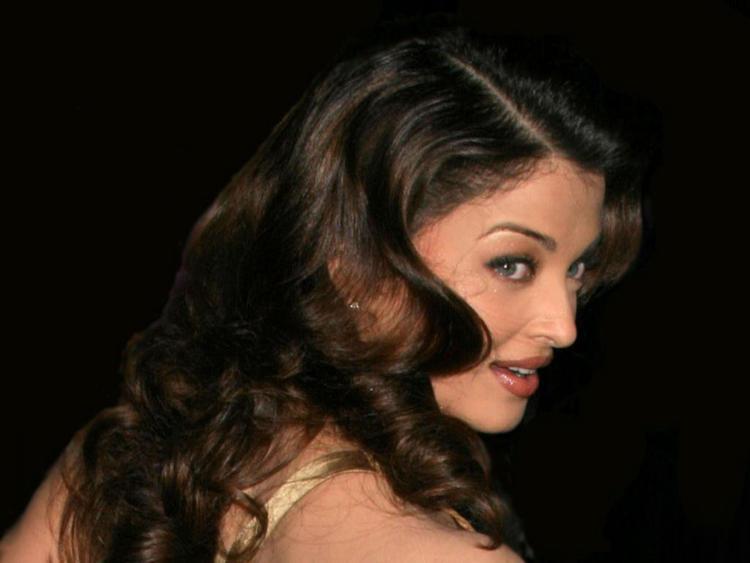 Aishwarya Rai Nice Look Still