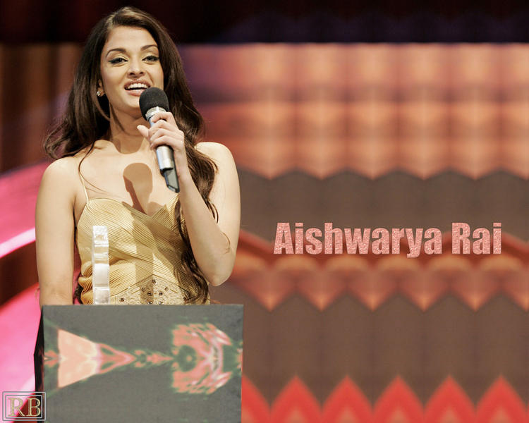 Lovely Actress Aishwarya Rai Wallpaper