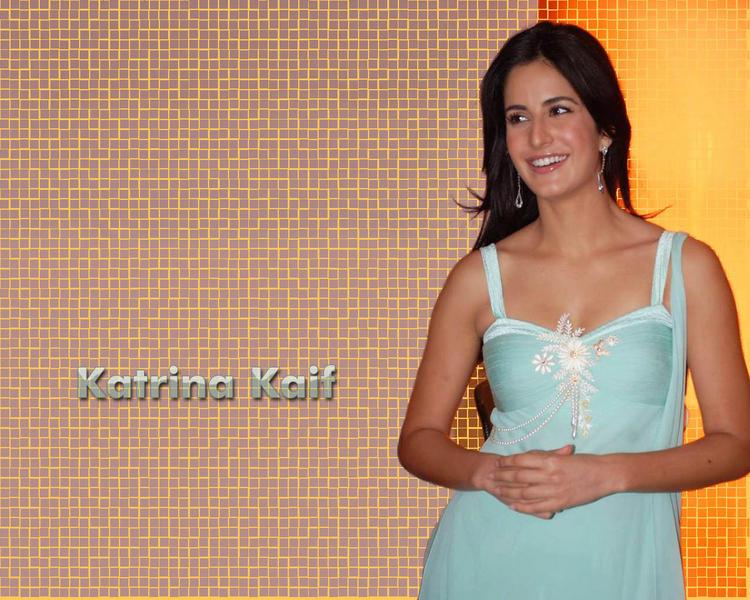 Sweet Katrina Kaif Wallpaper