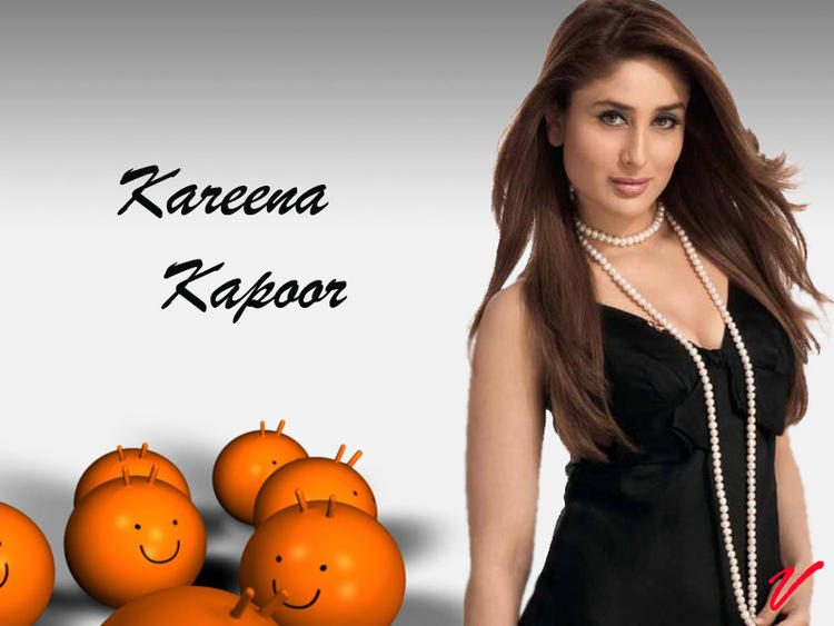 Kareena Kapoor  Attractive Look Wallpaper