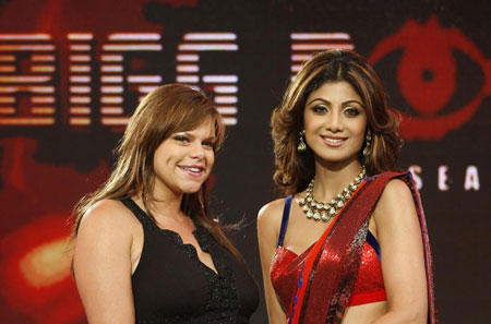 Shilpa Shetty Looking So Beautiful In Saree at Bigg Boss