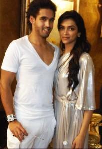 Deepika Padukone and Siddharth Sexy Still