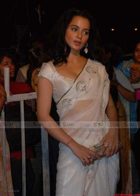 Kangana Ranaut White Saree Hot Pics