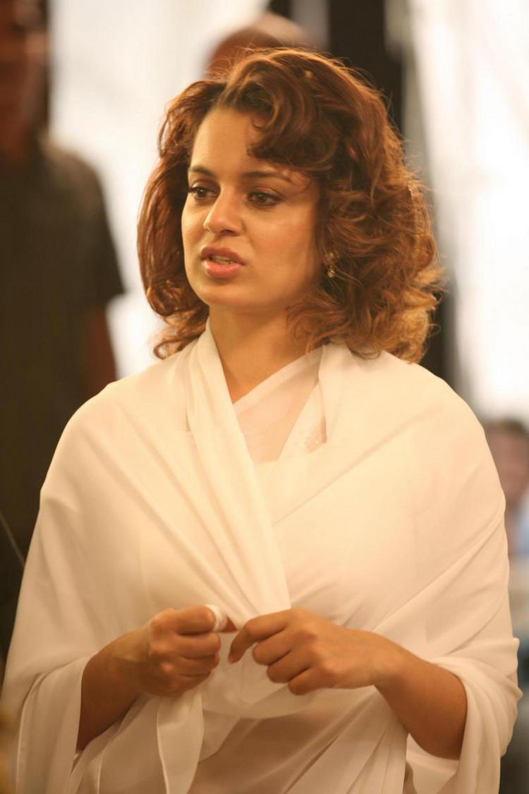 Kangana Ranaut Widow Look In Double Dhamaal