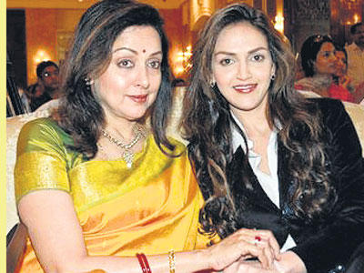 Hema Malini And Esha Deol Hot Look Beautiful Pics