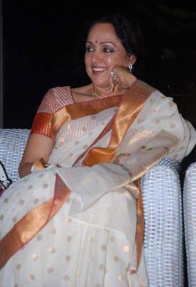 Hema Malini Smiling Pics