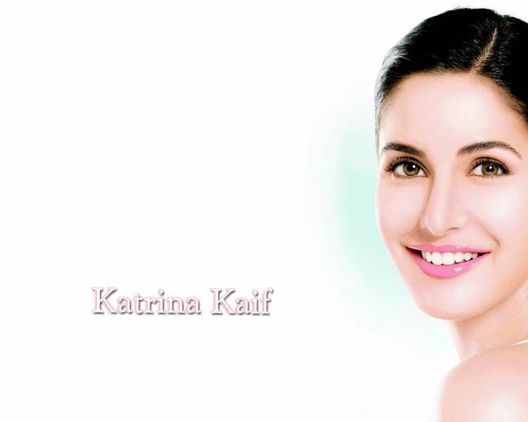 Katrina Kaif Beauty Fairy Look Wallpaper