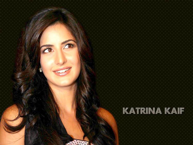 Katrina Kaif Sweet Gorgeous Wallpaper