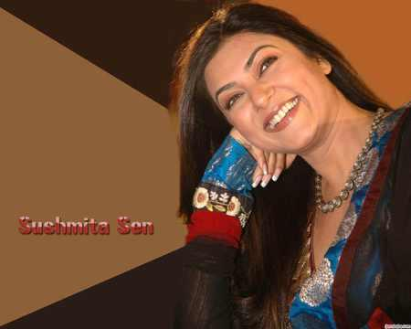 Sushmita Sen Gorgeous Smiling look Wallpaper