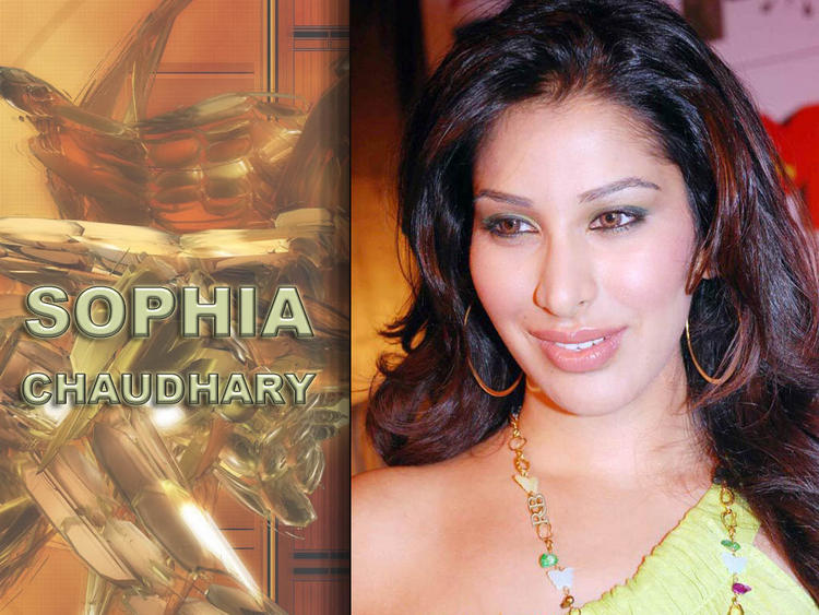 Sophia Chaudhary Sizzling Face Look Wallpaper