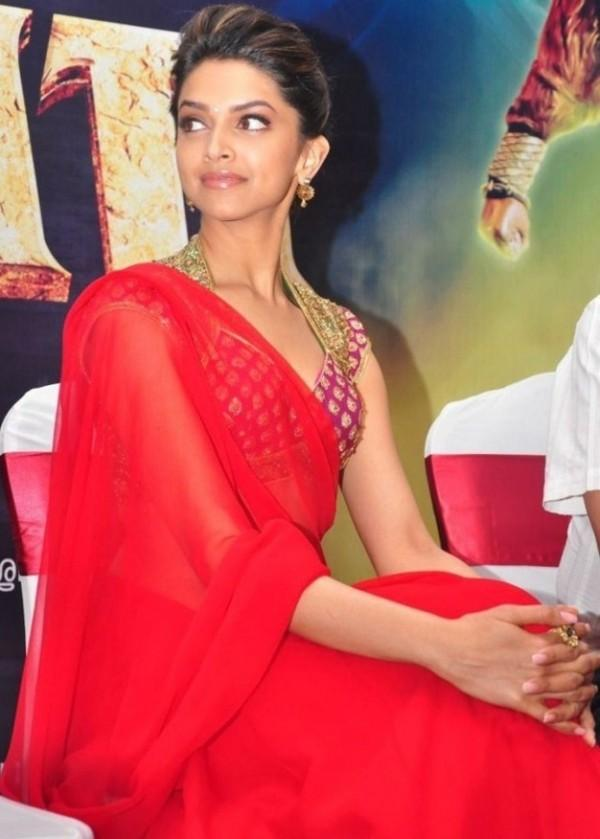 Deepika Padukone Beauty Still In Red Saree