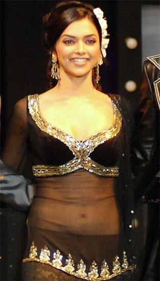 Deepika Padukone Transparent Dress Gorgeous Pic