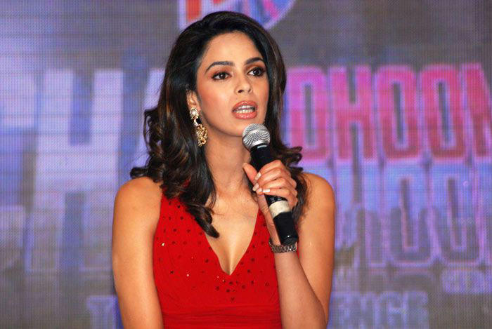Mallika Sherawat at Chak Dhoom Dhoom 2 Season