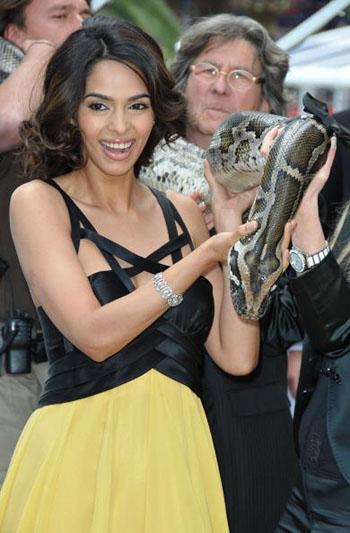 Mallika Sherawat Hisss Snake Still