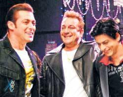 Salman Khan With Sanjay Dutt And Srk Smiling Pics