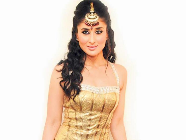 Hottie Kareena Kapoor Wallpaper