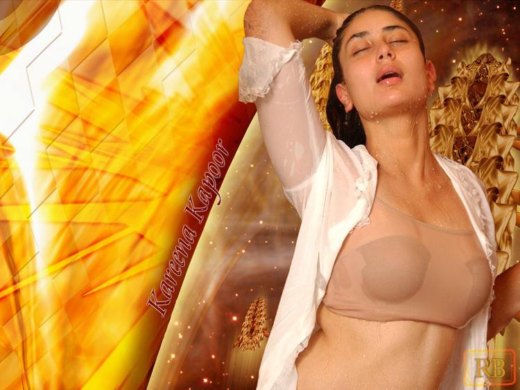 Kareena Kapoor Super Sexy Wallpaper
