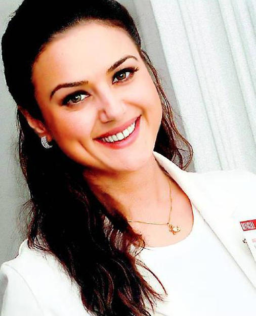 Dimple Beauty Preity Zinta Beauty Still