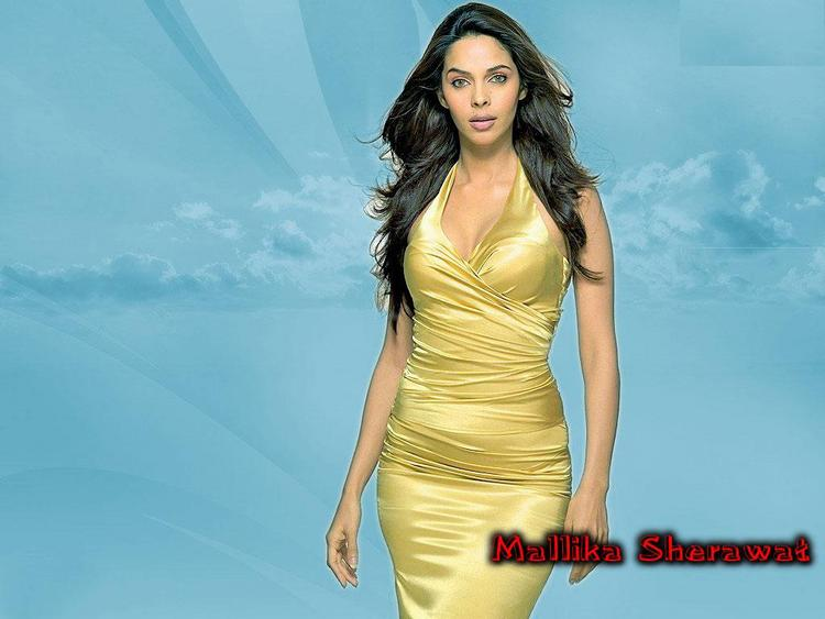 Mallika Sherawat Awesome Look Wallpaper